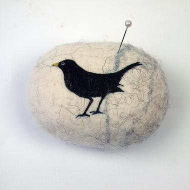 Hybrid Gallery Lindsey Tyson pin cushion