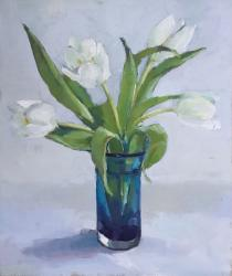 Hybrid Gallery Annie Waring White Tulips in Blue Glass